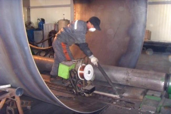 Body plate bending and automatic welding